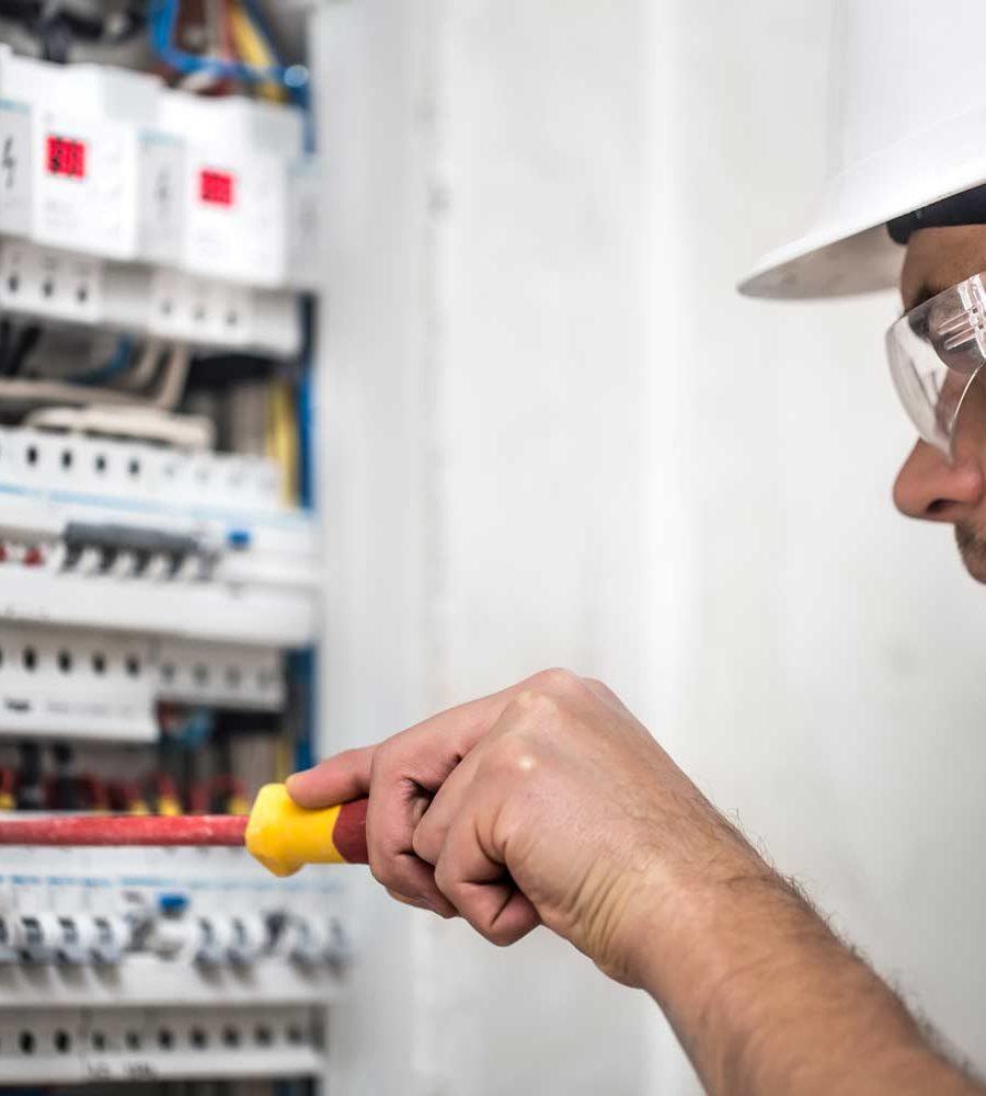 man-electrical-technician-w